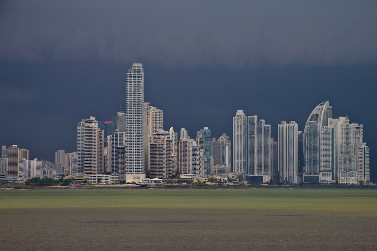 Panama: Panama City - Skyline in Thunderstorm