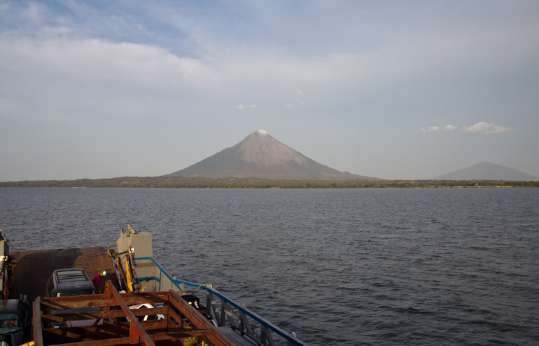 Nicaragua: Ometepe - view from the ferry